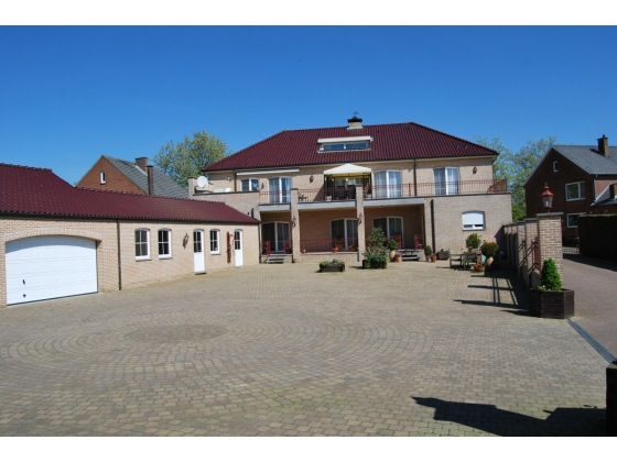 Magnificent country house with equestrain facility on approx 9,14 acres in KESSENICH (Kinrooi) BELGIUM
