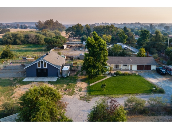 Gorgeous West Petaluma Property in Sonoma County California