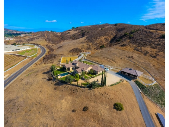 Extraordinary Equestrian Estate in the Sought After Community of La Cresta