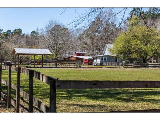 Horse properties for rent | Equestrian properties for sale