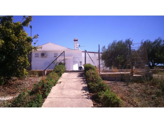 A Traditional Spanish 3 bedroom Country Property with stables