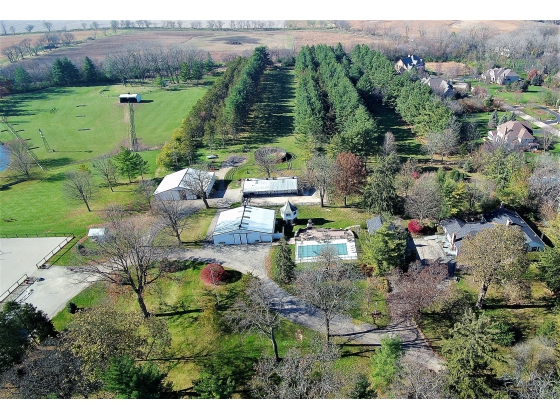 32 Acre Equestrian Estate/Horse Farm