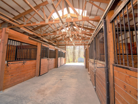 Barn #2 with 7 Stalls