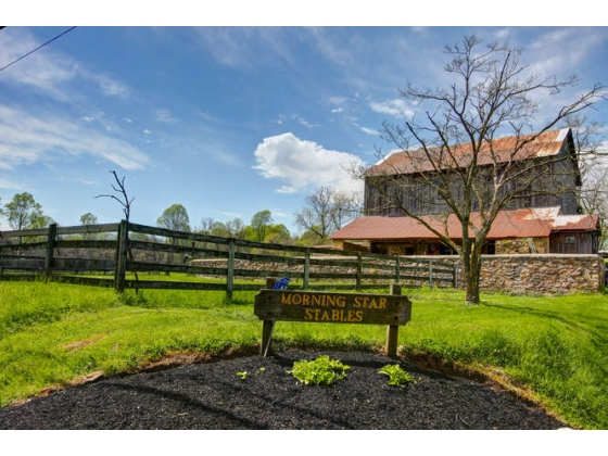 Turn Key Equestrian Property in Landenberg Pennsylvania !