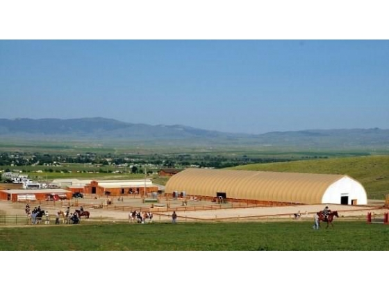 Stunning and well designed Equestrian Facility in Western Montana!