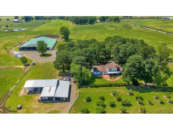 36 Acre Equestrian Boarding Facility