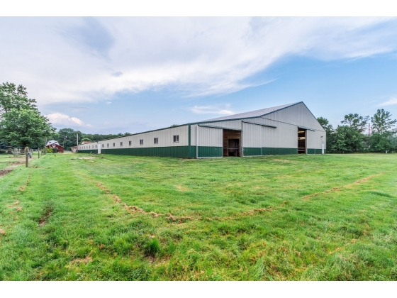 18 Stall Barn with 80x200 ft. Indoor Arena