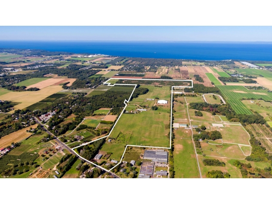 ONCE IN A LIFETIME - 190 ACRES WITH 35 ACRES DEVELOPMENT RIGHTS INTACT