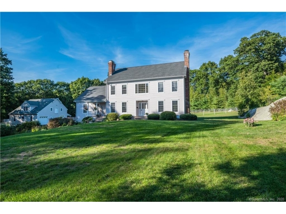 SOLD     SIMPLY BEAUTIFUL PRIVATE WINDRIDGE FARM ESTATE