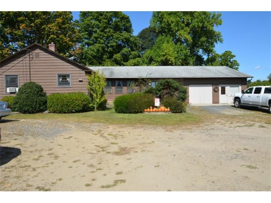 135 Acre Equestrian Facility With 3 Bedroom Home Southampton, Massachusetts